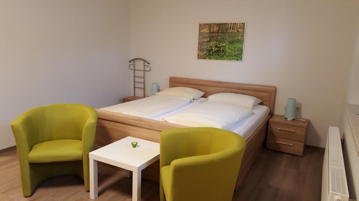 Campingplatz Ecktannen Ferienzimmer Teufelsbruch Müritz Nationalpark günstig Familie übernachten Unterkünfte