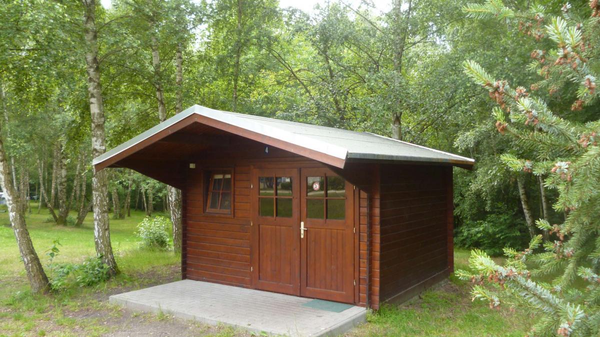 Campingplatz Ecktannen Blockhütte Müritz Nationalpark günstig Familie übernachten Unterkünfte Radfahrer